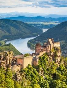 austria-vienna-day-trips-wachau-valley
