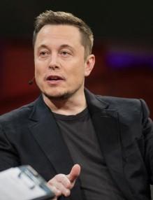 ElonMusk_2017-embed